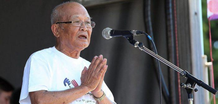 """Prior to Election CEO cries """"Hindi ninyo ako maililibing ng buhay""""! (translation: You can't bury me alive!)"""